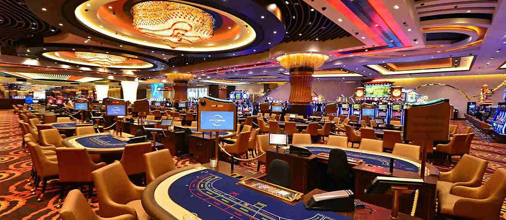land base casino