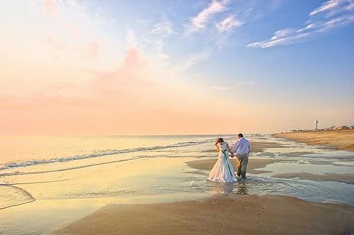 wedding-1344265__480.webp