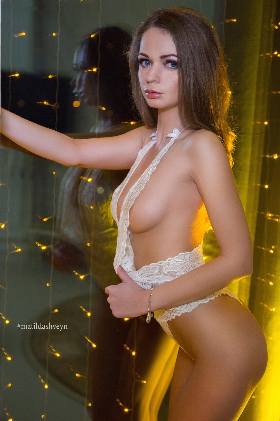 Порномодель надежда курлова фото девок все щели