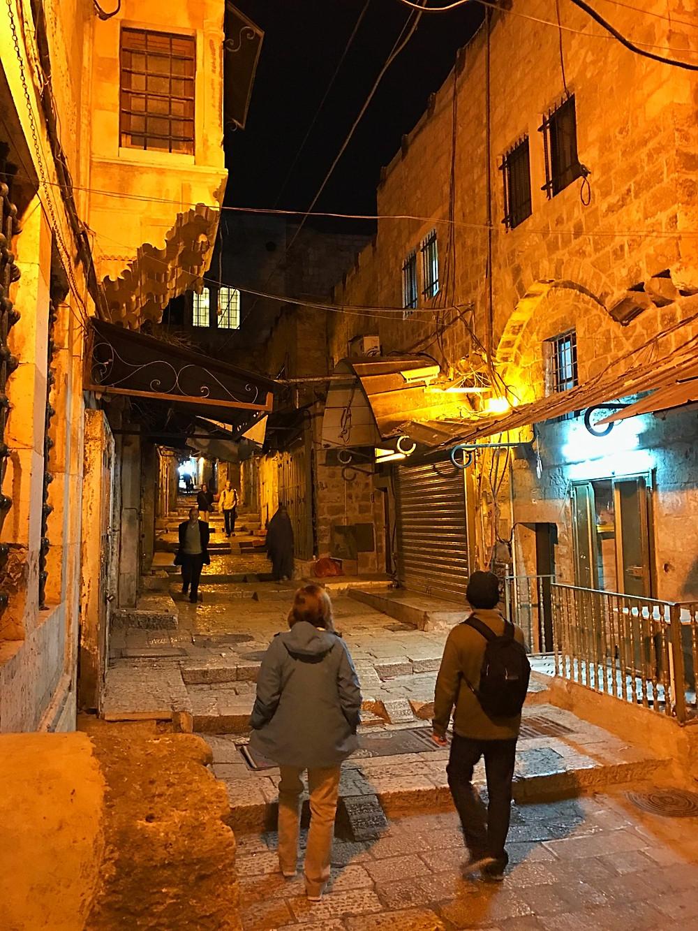 Jerusalém a noite e um passeio noturno