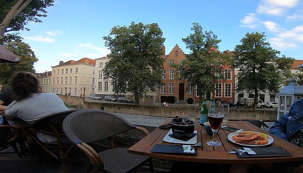 Pergola restaurante em Bruges