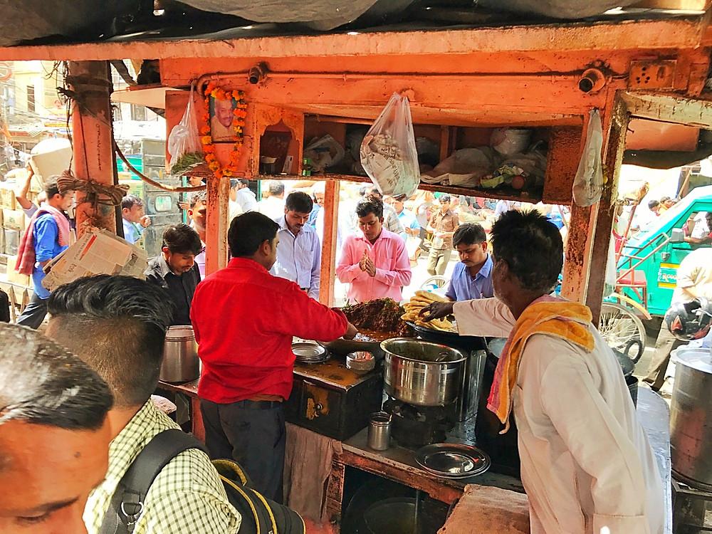 Comida de rua na Índia em Nova Deli