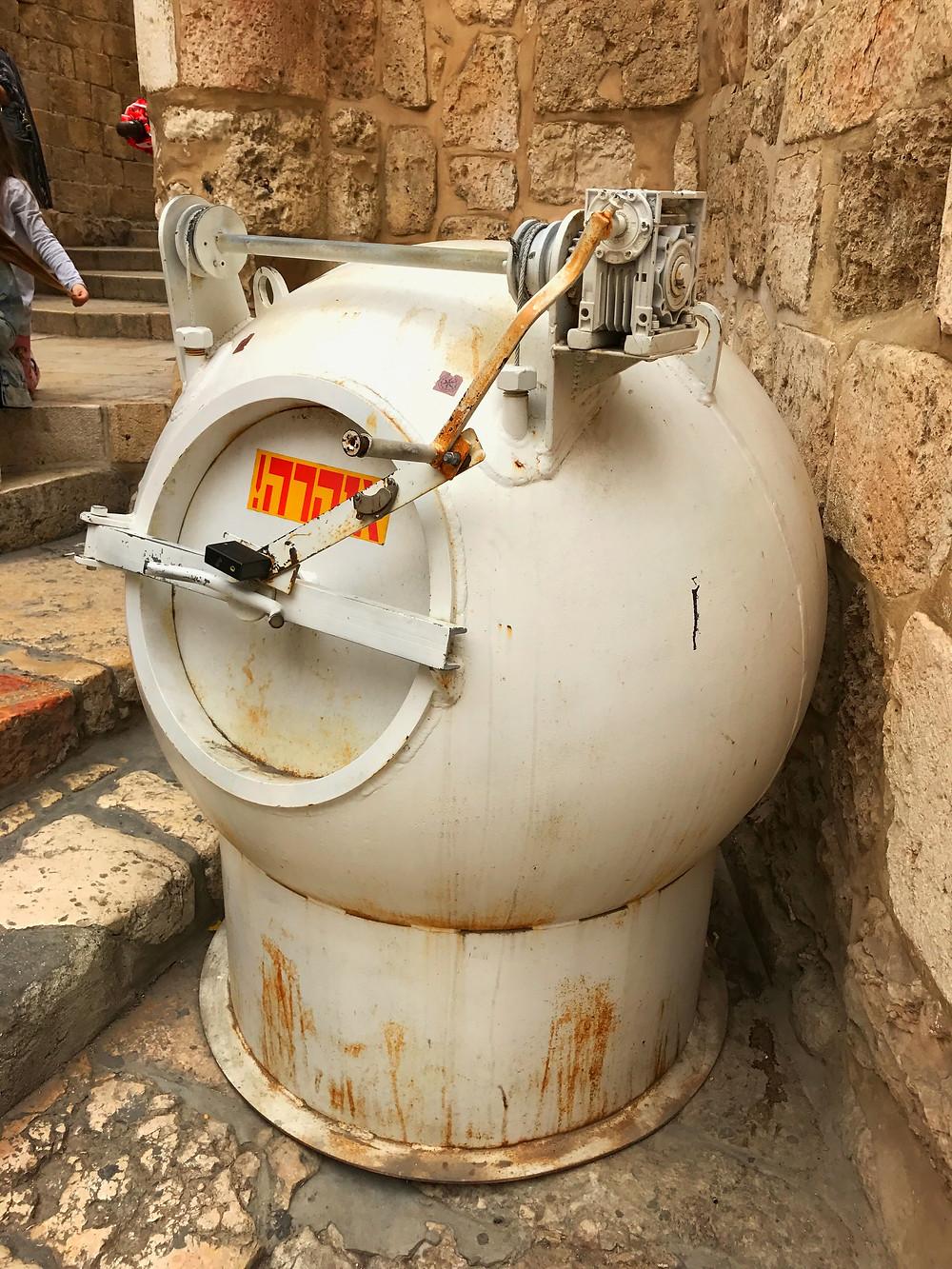 Jerusalém tem uma cápsula para bombas