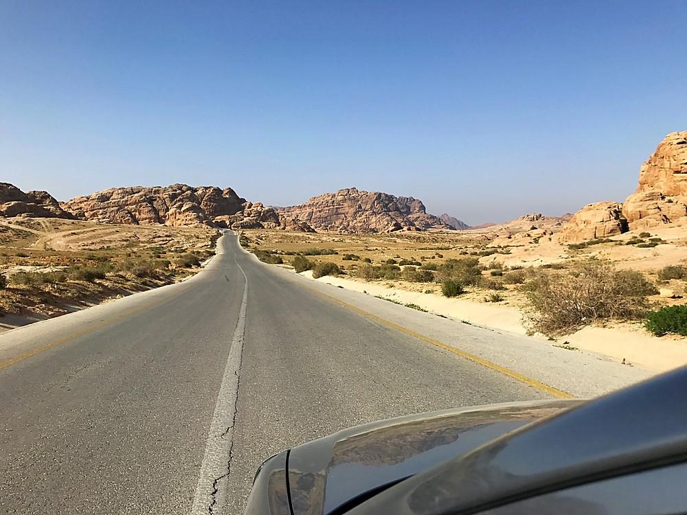 Estrada na Jordânia perto de Petra