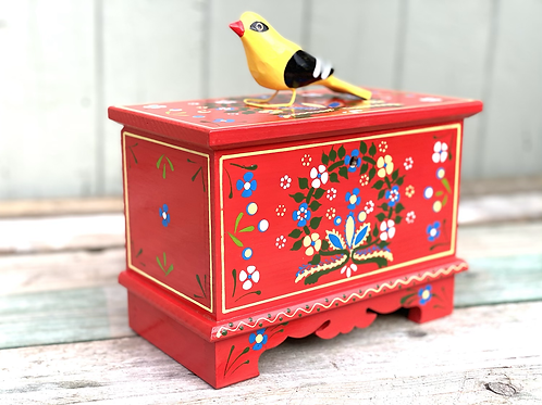 Red folk art wooden box No.2