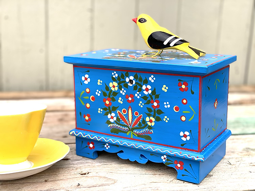 Blue folk art wooden box No.2