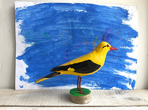 Golden Oriole on a stand