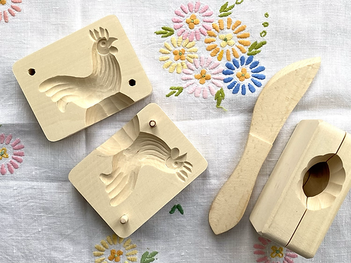 Wooden butter mould in the shape of a cockerel
