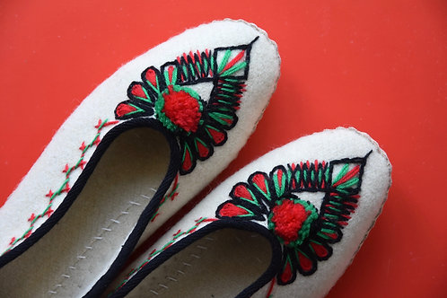 Lena cream wool slippers with pom poms