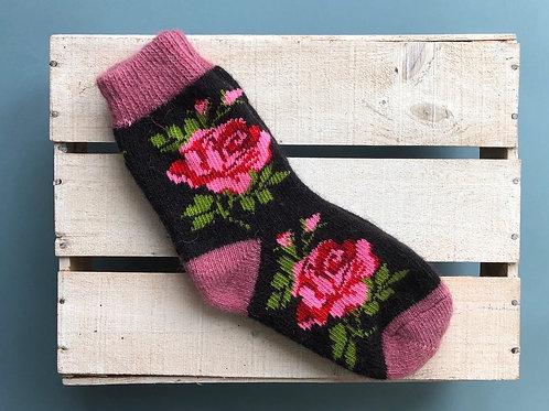 Rose pattern wool socks