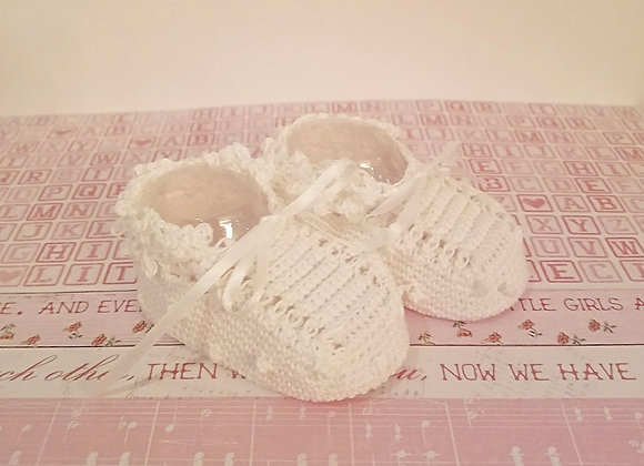 Little Criket Bobble Booties - White