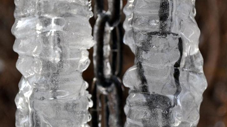 ice-473645__340.jpg