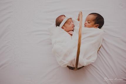 Ensaio de Newborn Gêmeos - Ben e Mel