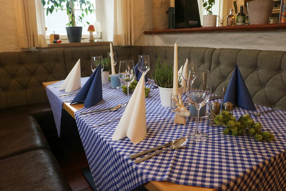 Tisch für Freunde 2