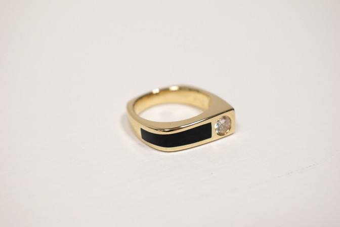 Black jade and 14k gold gent's ring