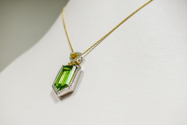 Bullet-cut Peridot Necklace*