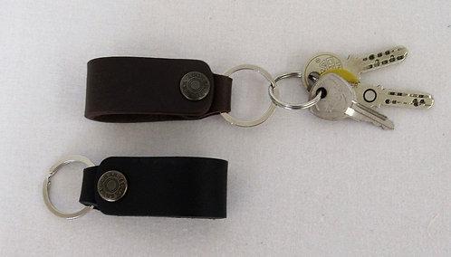 Schlüsselanhänger mit Ring aus vollnarbigem Bullenleder