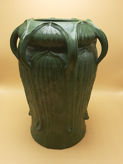 Large Ephraim Vintage Pot, Grueby Design
