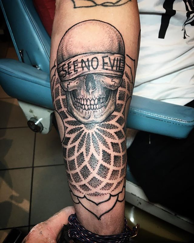 Thanks _cooper_begley made a good start to something cool yeah, can't wait to do more, _#skulltattoo