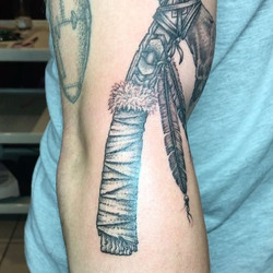 Thanks charlie, always better than the last one, so awesome_#tomahawk #tomahawktattoo #blacktattoo #