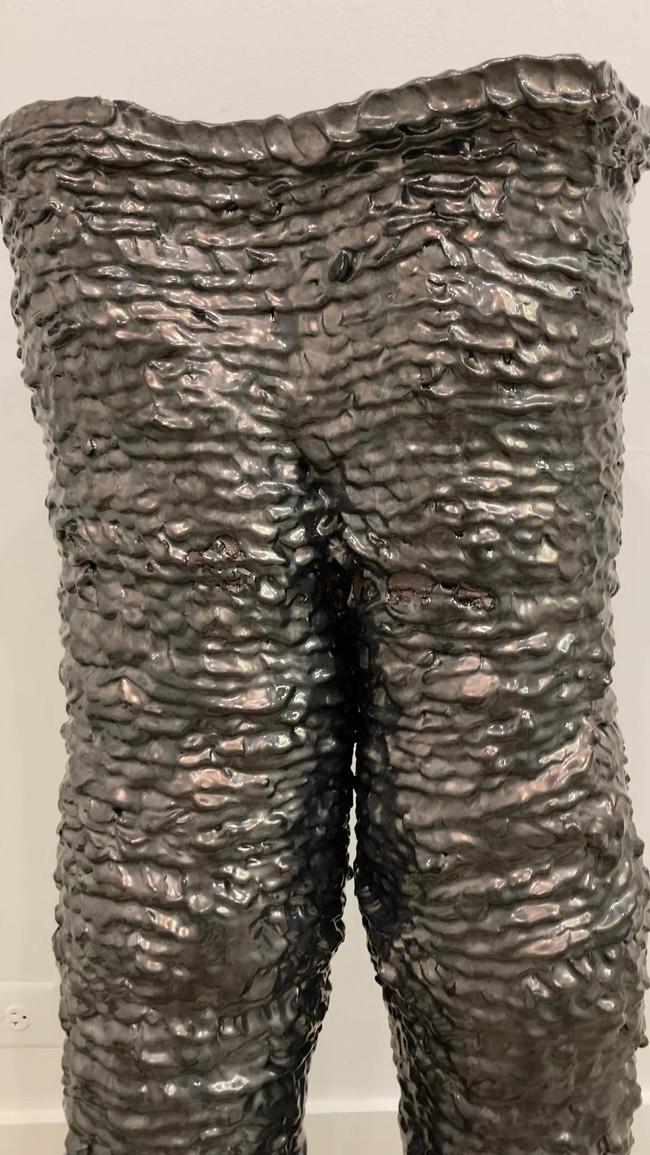 pants detail video