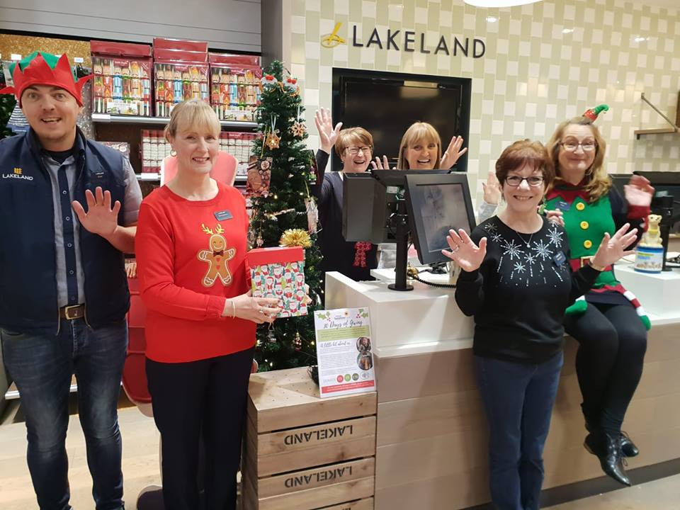 Lakeland team at intu Metrocentre.jpg