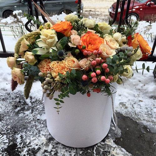 Цветы в шляпной коробке Зимава