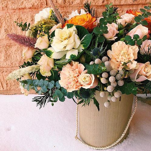 Цветы в шляпной коробке Бебиблу