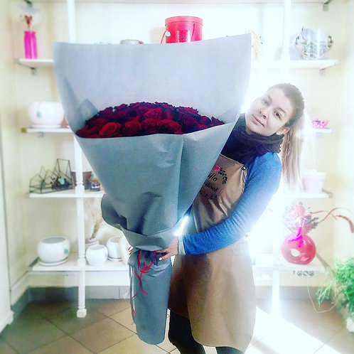 Моно букет Гигант из роз Эксплорер
