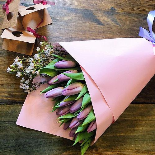 Тюльпаны и шамиловициум