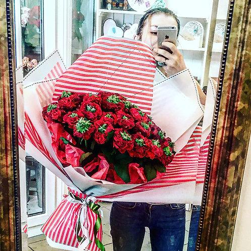 Моно букет из розы «Ред Ай»(27 шт)