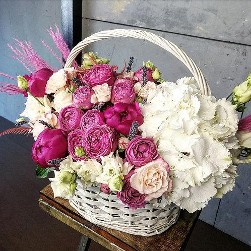 Цветы в корзине Гарто