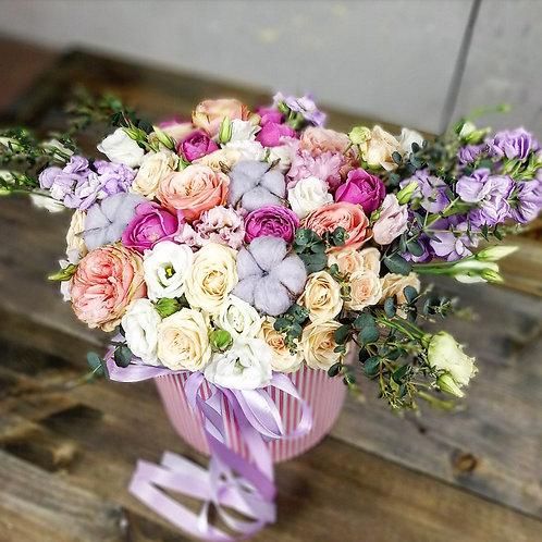 Цветы в шляпной коробке Овериг