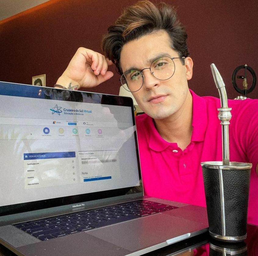 Luan Santana fará pocket show virtual para estudantes
