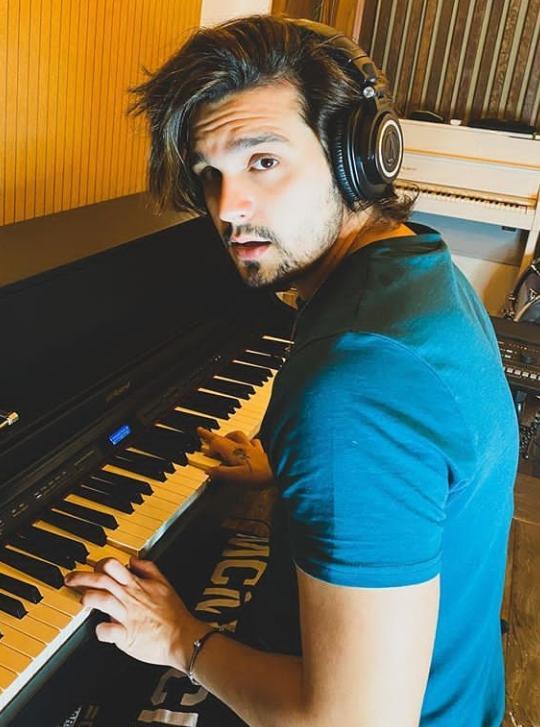 """Luan Santana irá gravar clipe da música """"Asas"""" durante a live 'Love'"""