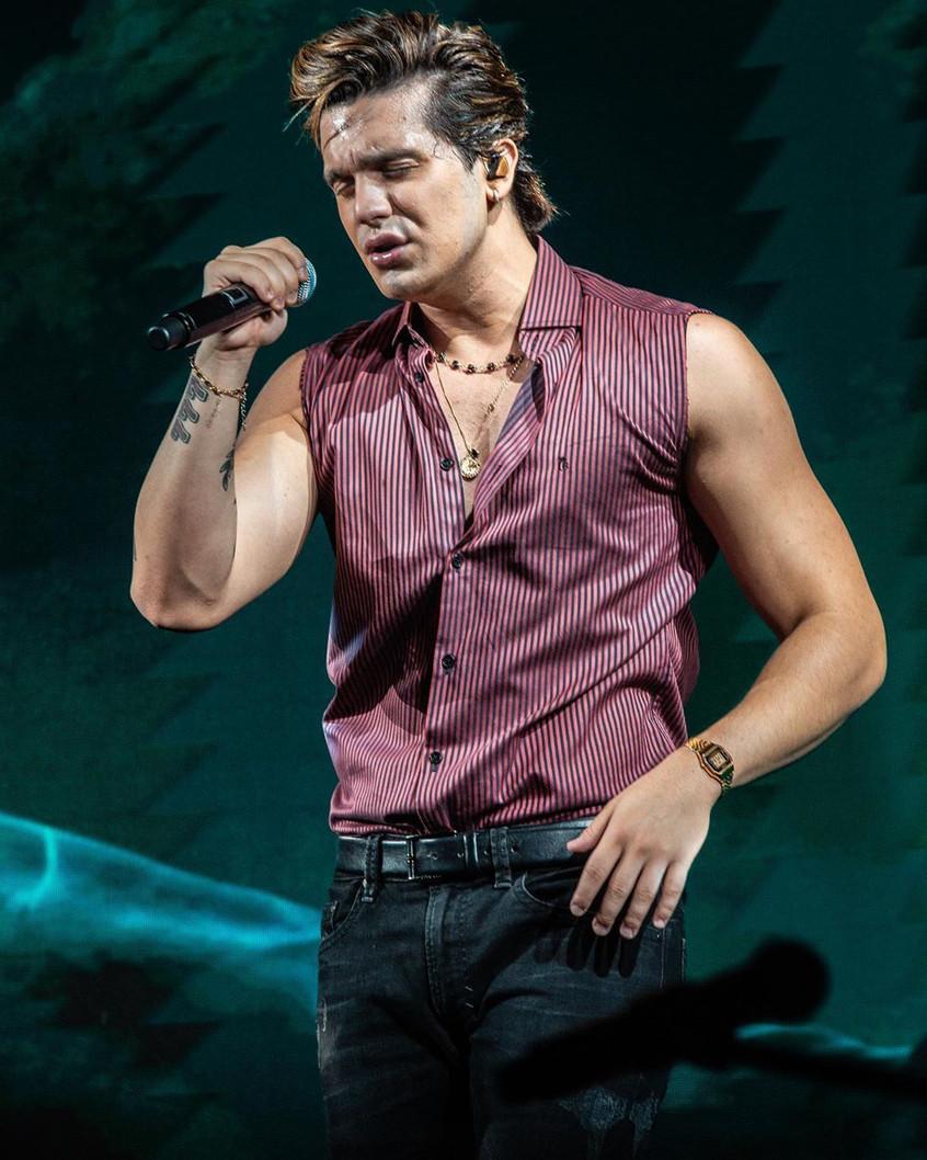 Luan Santana em live com a Quem Acontece hoje as dezenove horas: Cantor vai contar tudo sobre sua li