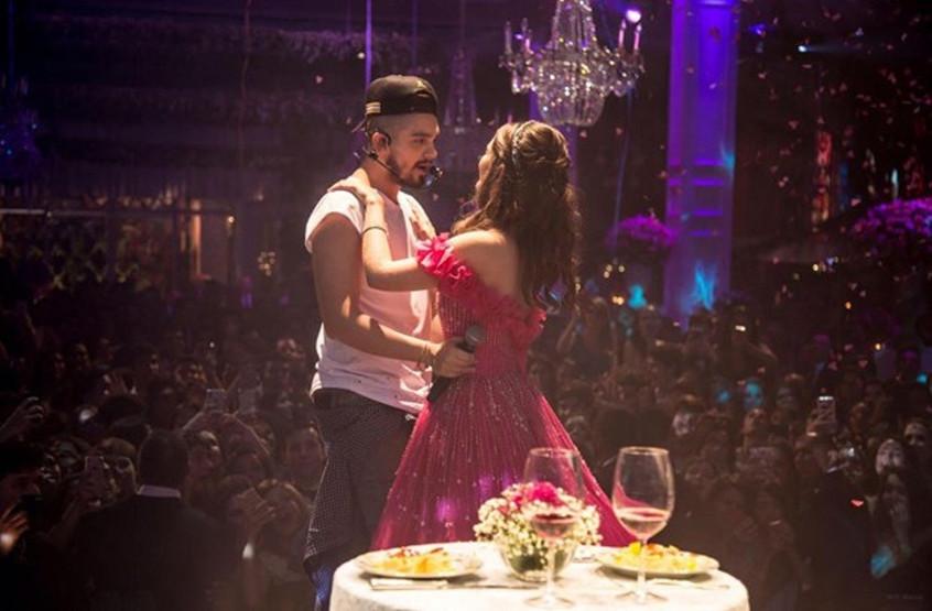 Luan Santana realiza primeiro show em uma festa de debutante