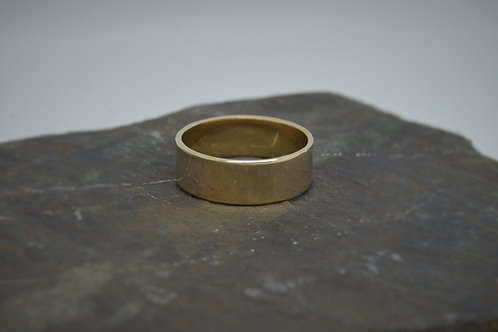 9ct Yellow Gold Band 7mm wide