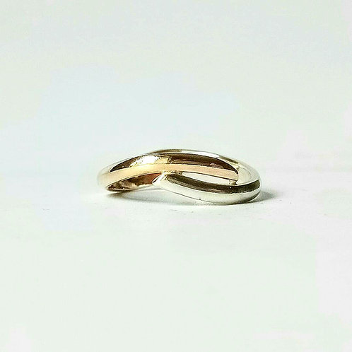 9ct Double Flow Ring