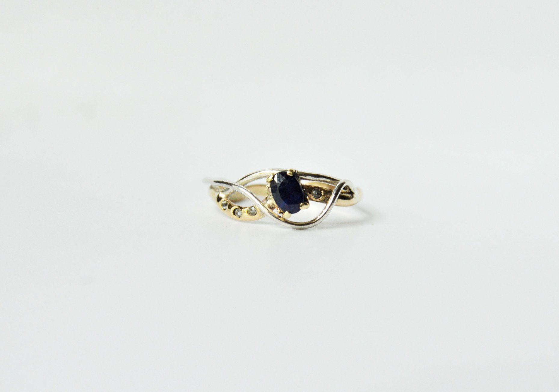 Ring commission