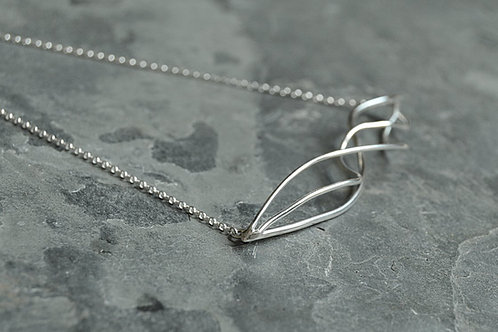 Silver Flow Necklace