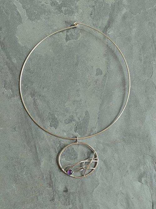 Round Breeze pendant on neck wire