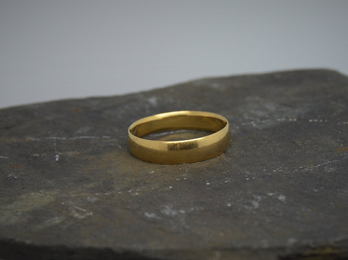 9ct Yellow Gold Band 4mm Wide