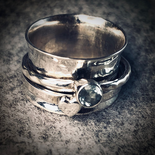 Heart & Crystal  Spinner Ring