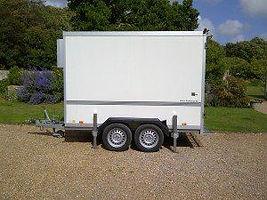 Outdoor trailer IMG-20110807-00046-300x2