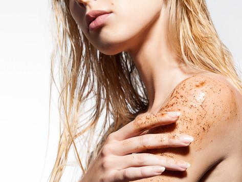 Os danos ambientais causados pelas microesferas plásticas usadas em cosméticos