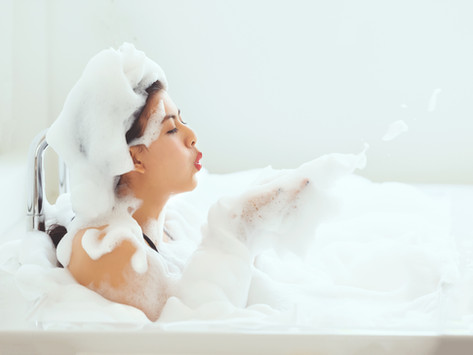 Você está limpando sua pele do jeito certo? Espuma faz mal e não é sinal de limpeza!