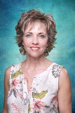 Mev Linda Bezuidenhout