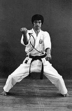 Hirokazu Kanazawa practising Ji'in