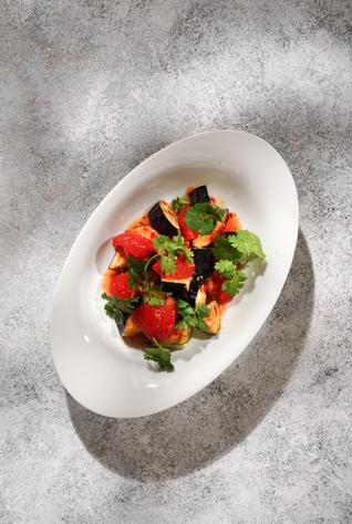 Хрустящие баклажаны с томатами